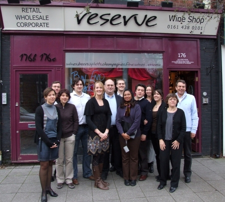 Bordeaux winemakers visit the Reserve wine shop