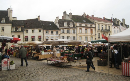 Produce market at Beaune, Burgundy